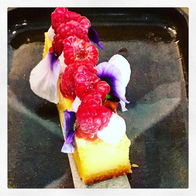 granadilla tart raspberry fourandtwentycafe tlgenricks alldaybreakfast whaletalesblog lovemylife