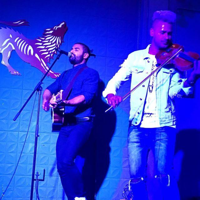 acousticelement performing at caferoux1 shortmarketstreet capetown capetowninfo capetowninfo livemusic whaletalesbloghellip