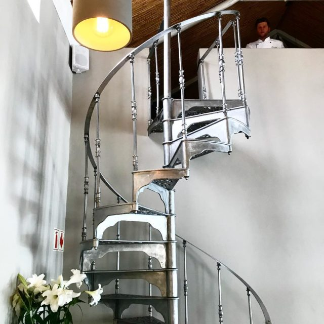 beautiful staircase lecoinfrancaisrestaurant dbad100 franschhoek whaletalesblog lovemylife