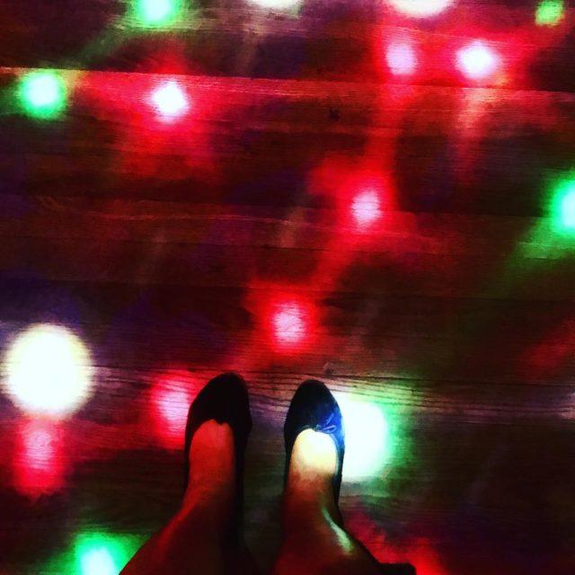 dancing at dizzyspub campsbay capetown dj riaan whaletalesblog lovemylife