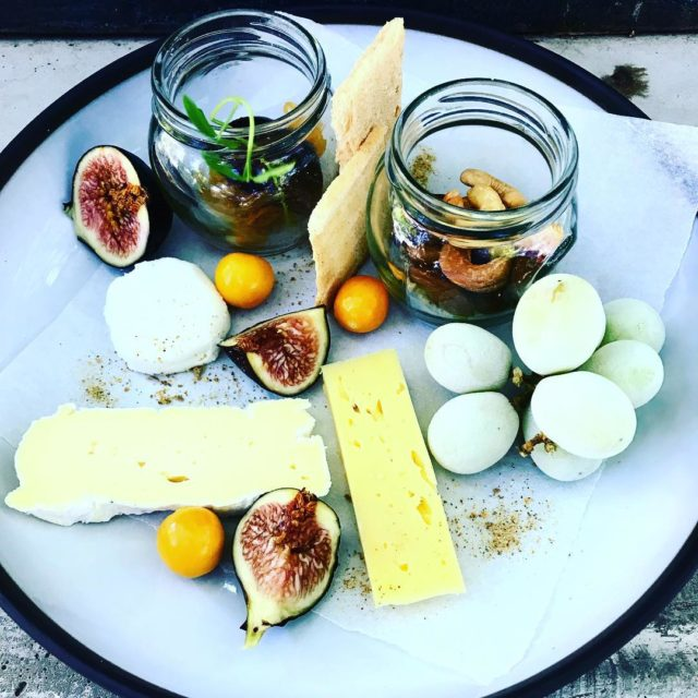 dalewoodfromage cheese platter with frozengrapescashewnuts fresh figs gooseberries yum athellip