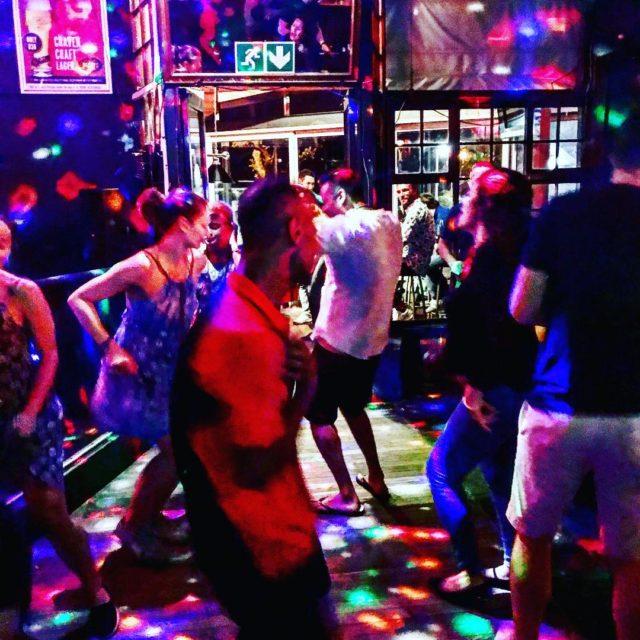 dizzyspub campsbay dancing capetown lovemylife